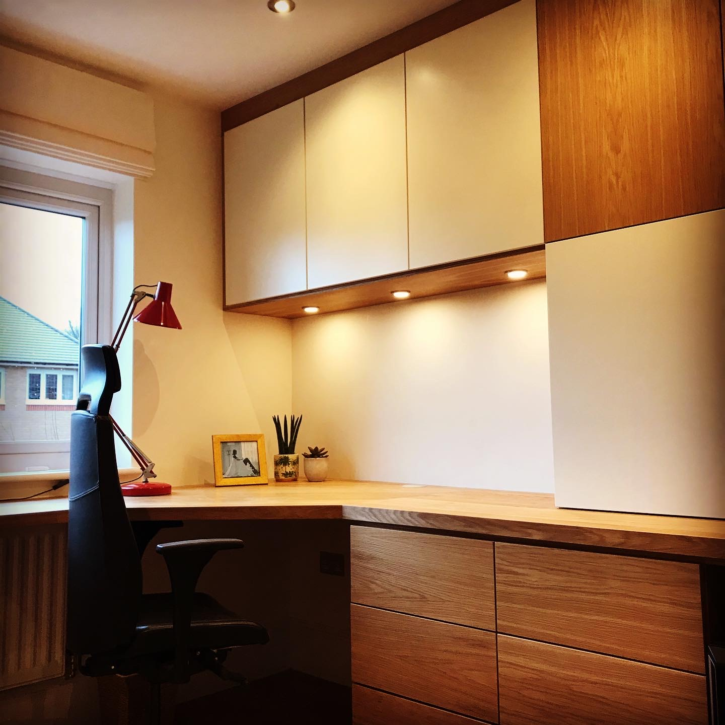 bespoke fitted home office with lighting